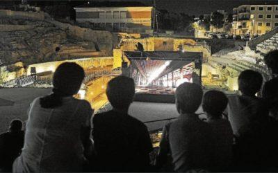 """Noches de cine """"a la fresca"""" en el Amfiteatre de Tarragona (Diari de Tarragona)"""